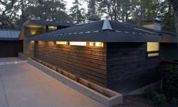 Cedar prairie style log siding